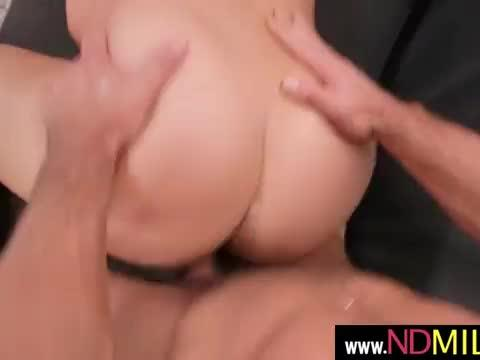 Hunt that pussy(elexis monroe) 06 mov-05