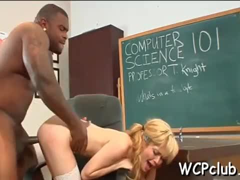 White doxy gets jizz in mouth after anal sex with black guy